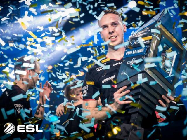 ESL, DreamHack Group Up with Counter-Strike Professional Players' Association