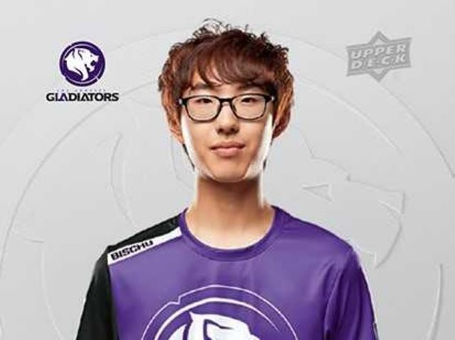 Upper Deck Trades Up to Overwatch League