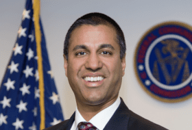 FCC's Pai stepping down