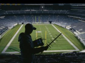 NFL, Verizon go another 10